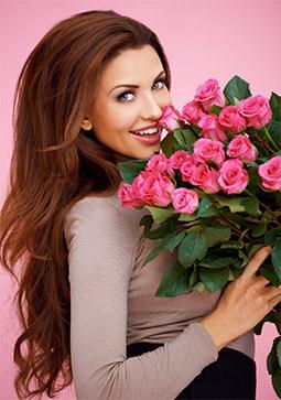 Что подарить прекрасной незнакомке – цветы?